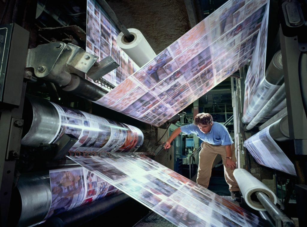 Clean Printing Press with Dry Ice Blasting